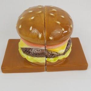 Cheeseburger Bookends